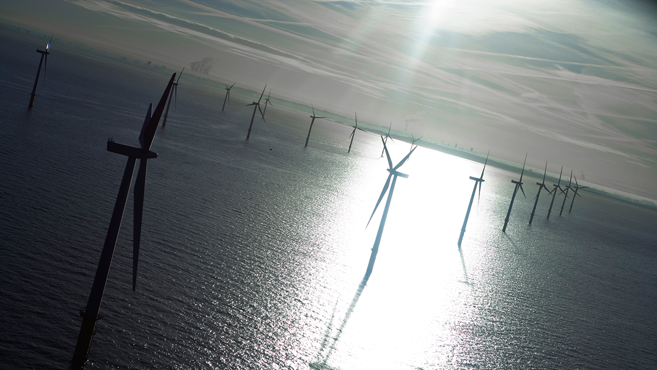 Ramboll provides foundation and pile design for the Greater Gabbard wind farm, the first offshore wind farm to be located on more than 30 metres of water. Image from Burbo Bank courtesy of DONG Energy.