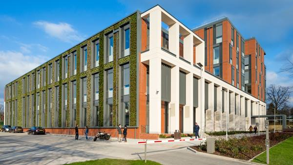 University of Leicester Centre for Medicine. Image courtesy of: Builtvision