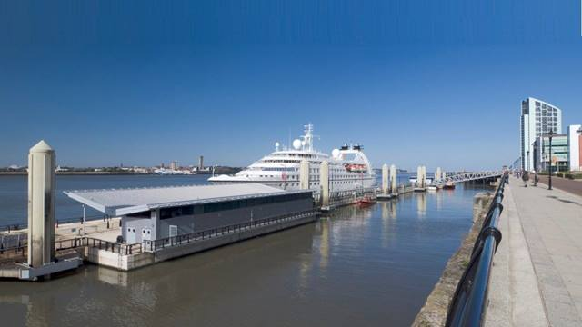 Liverpool Cruise Liner Facility, UK. Ramboll was responsible for the detailed design of this innovative and technical complex project to provide a floating terminal which operates in over 11m of tidal range and wave heights exceeding 2.5m