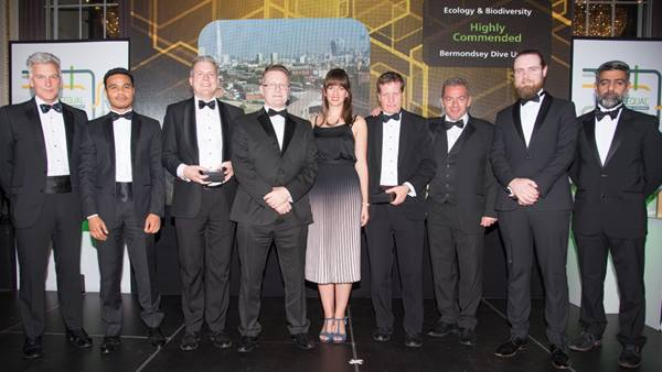 CEEQUAL Award for Ecology and Biodiversity 2019. Photo L to R: Sean Harris, Director of Membership ICE, Gerardo Austria, Network Rail, Adrian Shawcross, Ramboll, Charl de Kock, Skanska, Liz Rawlinson, Skanska, Will Duckett, Ramboll, Kevin Sullivan, Network Rail, Conor McCone, Skanska, Dr Shamir Ghumra, BRE. Image courtesy of BRE Group