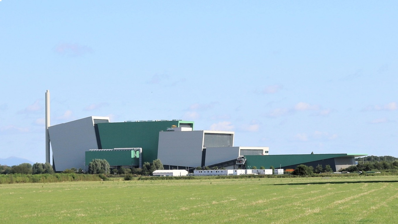 The Energy from Waste facility (EfW) at Javelin Park near Gloucester. Image: Fletcher Rae Architects
