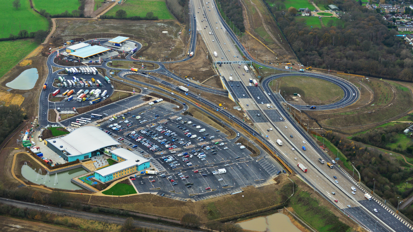M25 Cobham Motorway Service Area, Photo: Countrywide Photographic