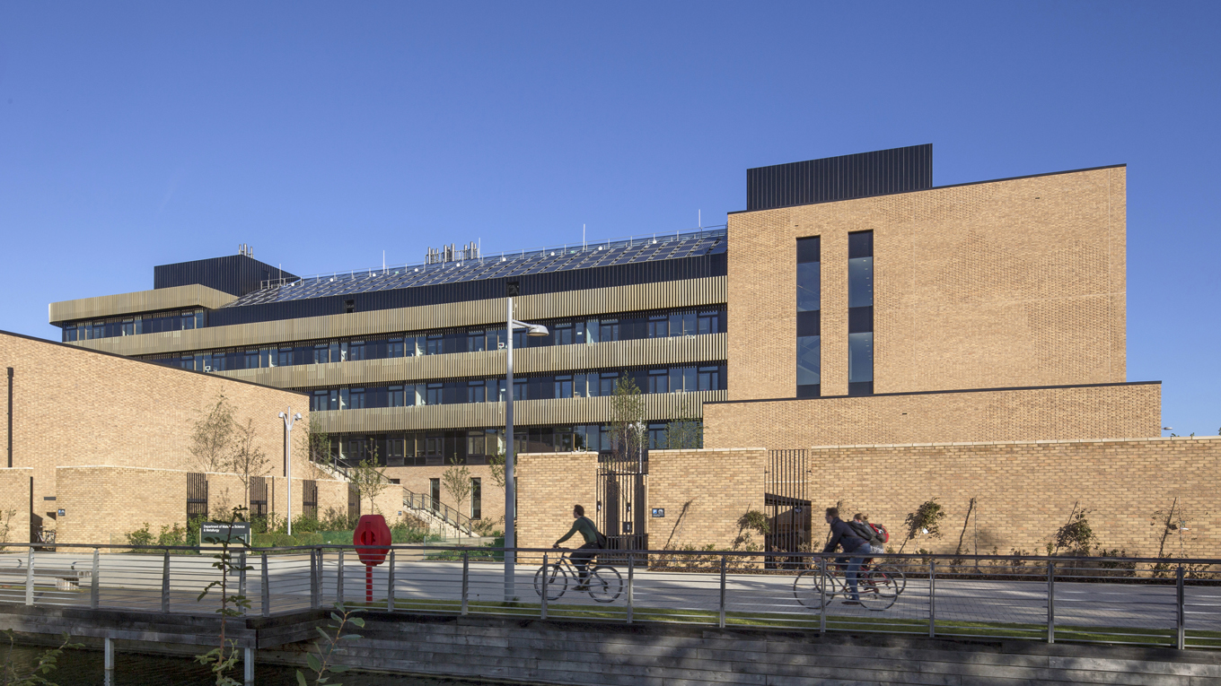 Ramboll. Cambridge University Materials Science and Metallurgy. Image: Morley von Sternberg