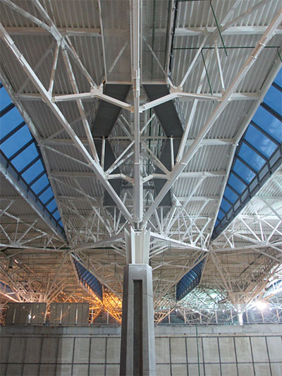 Main Terminal Roof Under Construction