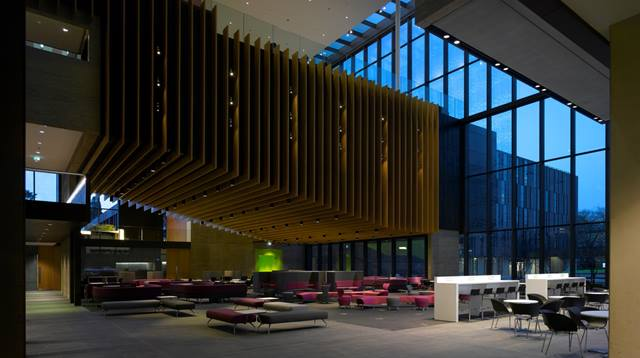 A new five storey, open plan student centre houses Oxford Brookes University's main library, student union and a lecture theatre, along with teaching rooms, retail areas and catering facilities.