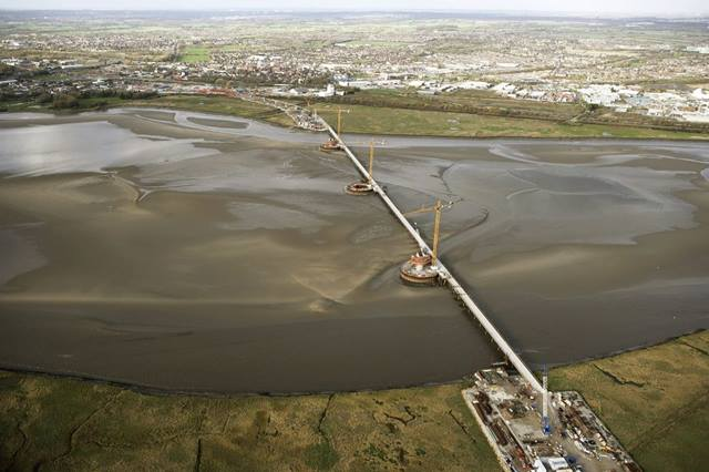Aerial view of the Mersey Gateway under construction, Nov 2015. Image courtesy Merseylink