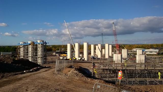 Progress across the site of The Mersey Gateway is now highly visible. Piers and pylons to support the bridges and viaducts are rising out of the ground all over the site. October 2015. Image courtesy of Merseylink