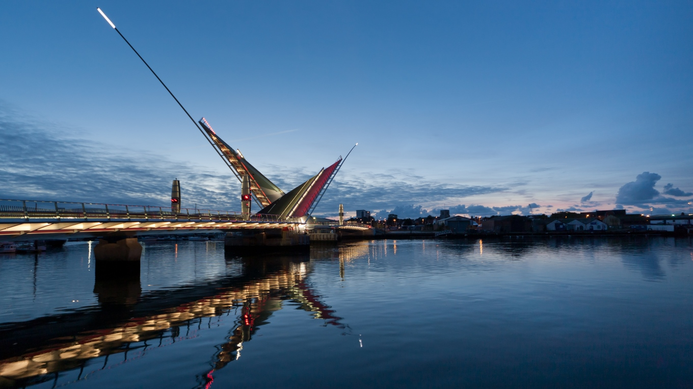 Twin Sails Bridge, Poole, UK.  Dave Morris Photography