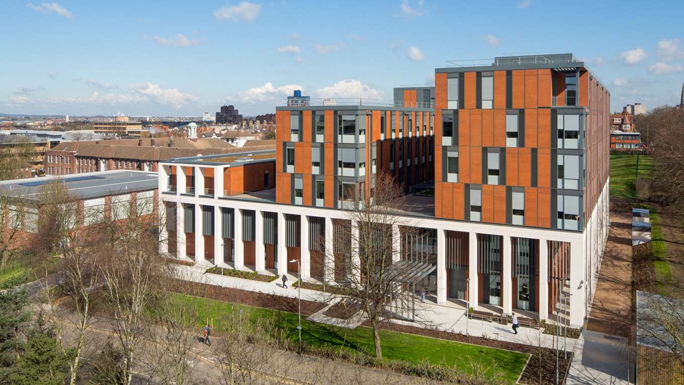 Ramboll. University of Leicester, Centre for Medicine. © Associated Architects