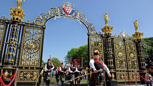 Warrington Golden Gates during rededication ceremony on Walking Day 2019. Image: Paul Heaps
