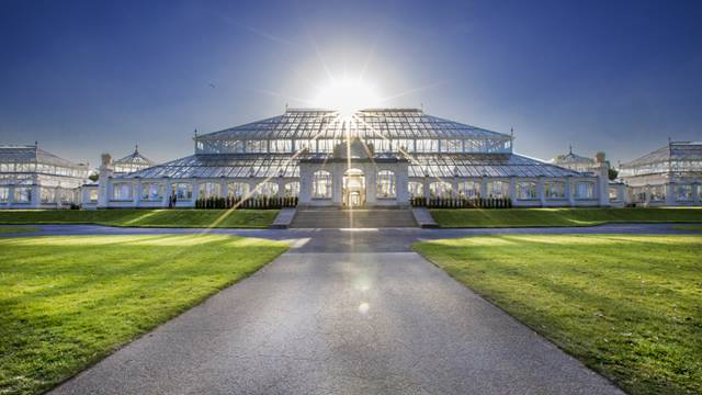 We were delighted to see the opening of Temperate House, the world's largest Victoria glasshouse - Image Paulina Sobzcat